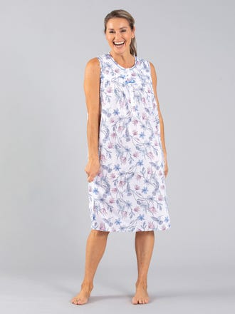 Gardenia Long Sleeveless Nightie